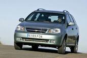 http://www.voiturepourlui.com/images/Chevrolet/Nubira/Exterieur/Chevrolet_Nubira_012.jpg