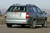 http://www.voiturepourlui.com/images/Chevrolet/Nubira/Exterieur/Chevrolet_Nubira_025.jpg