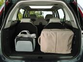 Photo Citroen C4-Grand-Picasso 2007 Citroen C4 Grand Picasso http://www.voiturepourlui.com/images/Citroen/C4-Grand-Picasso/Interieur/Citroen_C4_GD_Picasso_026.jpg