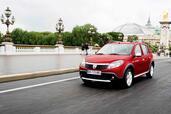 http://www.voiturepourlui.com/images/Dacia/Sandero-Stepway/Exterieur/Dacia_Sandero_Stepway_001.jpg