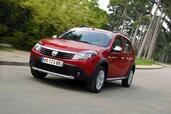 http://www.voiturepourlui.com/images/Dacia/Sandero-Stepway/Exterieur/Dacia_Sandero_Stepway_006.jpg