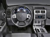 Photo Dodge Nitro 2010 Dodge Nitro http://www.voiturepourlui.com/images/Dodge/Nitro/Interieur/Dodge_Nitro_001.jpg