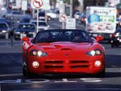 http://www.voiturepourlui.com/images/Dodge/Viper/Exterieur/Dodge_Viper_022.jpg