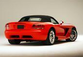 http://www.voiturepourlui.com/images/Dodge/Viper/Exterieur/Dodge_Viper_029.jpg