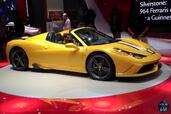 http://www.voiturepourlui.com/images/Ferrari/458-Speciale-A-Mondial-Auto-2014/Exterieur/Ferrari_458_Speciale_A_Mondial_Auto_2014_005_jaune.jpg