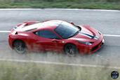 http://www.voiturepourlui.com/images/Ferrari/458-Speciale/Exterieur/Ferrari_458_Speciale_016_dessus.jpg