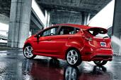 http://www.voiturepourlui.com/images/Ford/Fiesta-ST-2013/Exterieur/Ford_Fiesta_ST_2013_006.jpg
