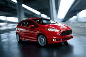 http://www.voiturepourlui.com/images/Ford/Fiesta-ST-2013/Exterieur/Ford_Fiesta_ST_2013_011.jpg
