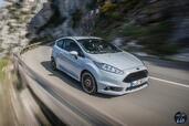 http://www.voiturepourlui.com/images/Ford/Fiesta-ST200-2016/Exterieur/Ford_Fiesta_ST200_2016_016_gris_avant.jpg