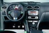Photo Ford Focus-RS-2009 2009 Ford Focus RS 2009 http://www.voiturepourlui.com/images/Ford/Focus-RS-2009/Interieur/Ford_Focus_RS_2009_501.jpg