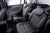 Photo Ford Grand-C-Max 2010 Ford Grand C Max http://www.voiturepourlui.com/images/Ford/Grand-C-Max/Interieur/Ford_Grand_C_Max_504.jpg