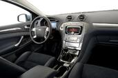 Photo Ford Mondeo 2007 Ford Mondeo http://www.voiturepourlui.com/images/Ford/Mondeo/Interieur/Ford_Mondeo_025.jpg