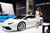 http://www.voiturepourlui.com/images/Hotesse/Fille-Mondial-Auto-2014/Exterieur/Hotesse_Fille_Mondial_Auto_2014_002.jpg