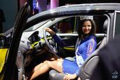 http://www.voiturepourlui.com/images/Hotesse/Fille-Mondial-Auto-2014/Exterieur/Hotesse_Fille_Mondial_Auto_2014_010_opel.jpg