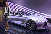 http://www.voiturepourlui.com/images/Hotesse/Fille-Mondial-Auto-2014/Exterieur/Hotesse_Fille_Mondial_Auto_2014_016_infiniti.jpg