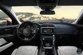 Photo Jaguar XE-AWD-2017 2017 Jaguar XE AWD 2017 http://www.voiturepourlui.com/images/Jaguar/XE-AWD-2017/Interieur/Jaguar_XE_AWD_2017_002.jpg