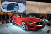 http://www.voiturepourlui.com/images/Jaguar/XE-Mondial-Auto-2014/Exterieur/Jaguar_XE_Mondial_Auto_2014_010_rouge.jpg