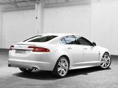 http://www.voiturepourlui.com/images/Jaguar/XFR-2009/Exterieur/Jaguar_XFR_2009_004.jpg