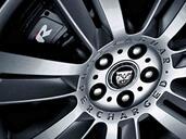 http://www.voiturepourlui.com/images/Jaguar/XFR-2009/Exterieur/Jaguar_XFR_2009_017.jpg