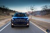 http://www.voiturepourlui.com/images/Jeep/Cherokee-2014/Exterieur/Jeep_Cherokee_2014_010_calandre.jpg