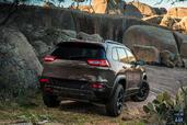 http://www.voiturepourlui.com/images/Jeep/Cherokee-2014/Exterieur/Jeep_Cherokee_2014_018_arriere.jpg