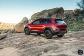 http://www.voiturepourlui.com/images/Jeep/Cherokee-2014/Exterieur/Jeep_Cherokee_2014_023_profil.jpg
