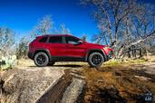 http://www.voiturepourlui.com/images/Jeep/Cherokee-2014/Exterieur/Jeep_Cherokee_2014_027_profil.jpg