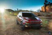 http://www.voiturepourlui.com/images/Jeep/Cherokee-2014/Exterieur/Jeep_Cherokee_2014_028_calandre.jpg