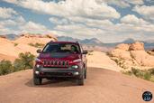 http://www.voiturepourlui.com/images/Jeep/Cherokee-2014/Exterieur/Jeep_Cherokee_2014_039.jpg