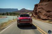 http://www.voiturepourlui.com/images/Jeep/Cherokee-2014/Exterieur/Jeep_Cherokee_2014_045_mer.jpg