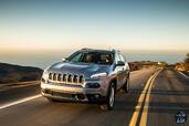 http://www.voiturepourlui.com/images/Jeep/Cherokee-2014/Exterieur/Jeep_Cherokee_2014_050_gris.jpg