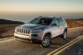 http://www.voiturepourlui.com/images/Jeep/Cherokee-2014/Exterieur/Jeep_Cherokee_2014_054_gris.jpg