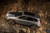 http://www.voiturepourlui.com/images/Jeep/Cherokee-2014/Exterieur/Jeep_Cherokee_2014_062_epreuve.jpg