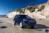 http://www.voiturepourlui.com/images/Jeep/Cherokee-2014/Exterieur/Jeep_Cherokee_2014_075_plage.jpg
