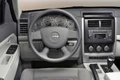 Photo Jeep Cherokee 2007 Jeep Cherokee http://www.voiturepourlui.com/images/Jeep/Cherokee/Interieur/Jeep_Cherokee_012.jpg