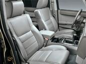 Photo Jeep Commander 2007 Jeep Commander http://www.voiturepourlui.com/images/Jeep/Commander/Interieur/Jeep_Commander_013.jpg