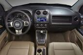 Photo Jeep Compass-2011 2011 Jeep Compass 2011 http://www.voiturepourlui.com/images/Jeep/Compass-2011/Interieur/Jeep_Compass_2011_503.jpg