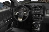 Photo Jeep Compass-2011 2011 Jeep Compass 2011 http://www.voiturepourlui.com/images/Jeep/Compass-2011/Interieur/Jeep_Compass_2011_576JP.jpg
