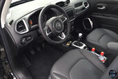 Photo Jeep Renegade-Limited-2015 2015 Jeep Renegade Limited 2015 http://www.voiturepourlui.com/images/Jeep/Renegade-Limited-2015/Interieur/Jeep_Renegade_Limited_2015_003.jpg