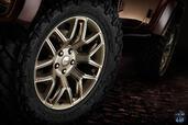 http://www.voiturepourlui.com/images/Jeep/Wrangler-Sundancer-Concept/Exterieur/Jeep_Wrangler_Sundancer_Concept_006_pneu.jpg