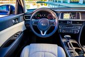 Kia Optima-Hybrid-2017 Ecologique photo Kia Optima Hybrid 2017 http://www.voiturepourlui.com/images/Kia/Optima-Hybrid-2017/Interieur/Kia_Optima_Hybrid_2017_001.jpg