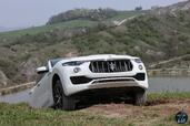 http://www.voiturepourlui.com/images/Maserati/Levante-2017/Exterieur/Maserati_Levante_2017_044_blanc_avant_face.jpg