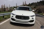 http://www.voiturepourlui.com/images/Maserati/Levante-2017/Exterieur/Maserati_Levante_2017_051_blanc_avant_face_phares_feux.jpg
