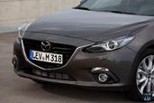 http://www.voiturepourlui.com/images/Mazda/3-Berline/Exterieur/Mazda_3_Berline_038_capot.jpg