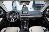 Photo Mazda 3-Berline 2015 Mazda 3 Berline http://www.voiturepourlui.com/images/Mazda/3-Berline/Interieur/Mazda_3_Berline_001.jpg