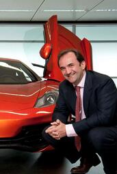 http://www.voiturepourlui.com/images/McLaren/MP4-12C/Exterieur/McLaren_MP4_12C_054.jpg