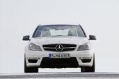 http://www.voiturepourlui.com/images/Mercedes/C63-AMG-2011/Exterieur/Mercedes_C63_AMG_2011_009.jpg