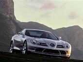 http://www.voiturepourlui.com/images/Mercedes/SLR/Exterieur/Mercedes_SLR_002.jpg