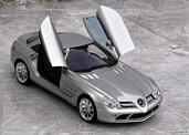 http://www.voiturepourlui.com/images/Mercedes/SLR/Exterieur/Mercedes_SLR_008.jpg
