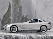 http://www.voiturepourlui.com/images/Mercedes/SLR/Exterieur/Mercedes_SLR_013.jpg